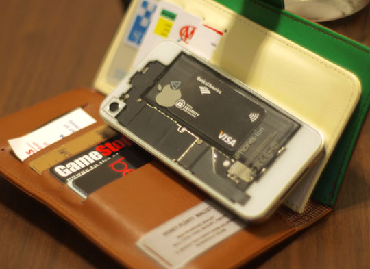 Add NFC capabilities to your iPhone 4