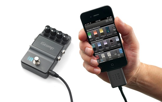 iStomp is a reprogrammable stompbox that works with your iPhone