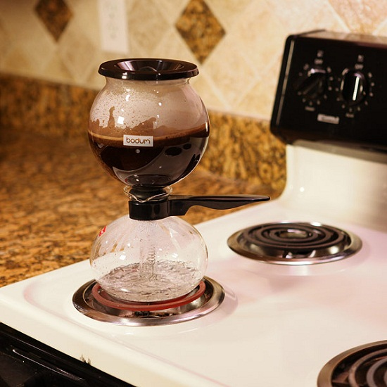 Vacuum Brewer turns your morning upside down