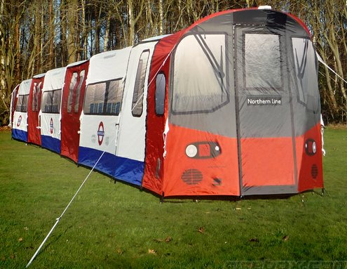 London Underground Tube Tent makes you a hobo of the garden