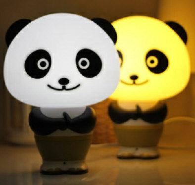 pandarobottalkinglamp