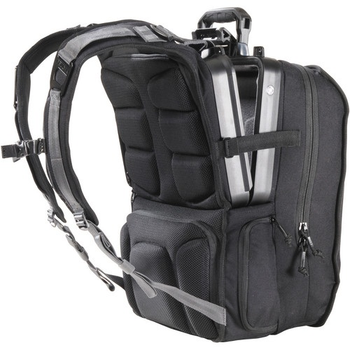 Pelican U140 Elite Tablet Backpack shows that you are one serious geek