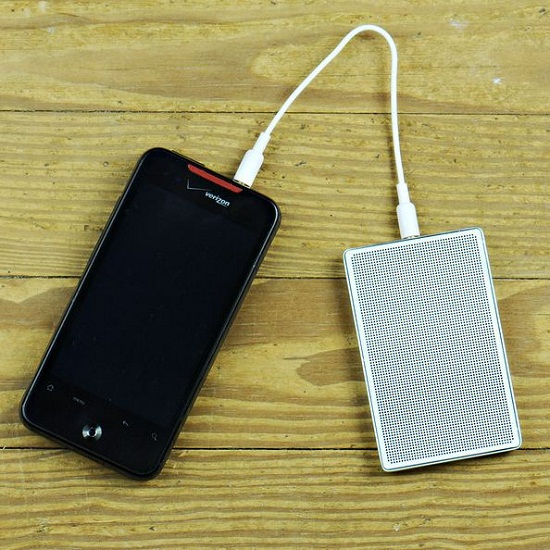 Rechargeable Card Speaker helps boost your tunes