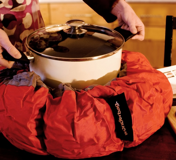 Wonderbag Eco Slow Cooker – super slow cooking saves energy and maybe matches