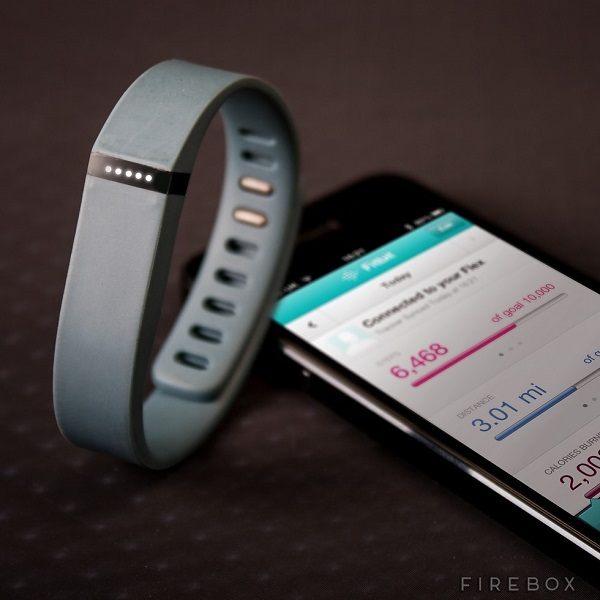 Become your own personal trainer with the FitBit Flex