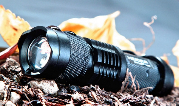 Heider CF1 Flashlight – 300 meters of lighting power enough for you?