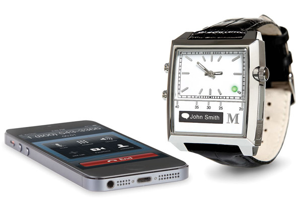 Voice-Command Smartphone Watch – This retro-looking watch hides a lot of secrets