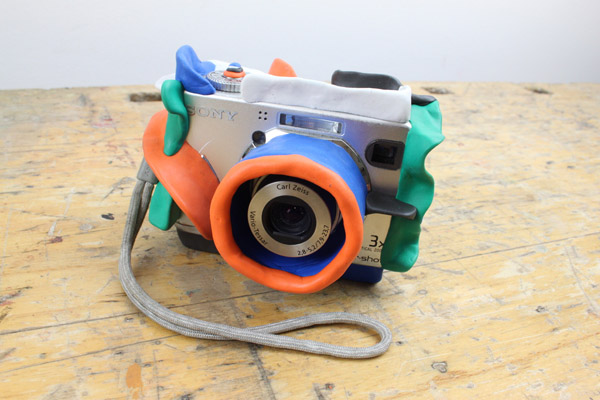 How to Childproof An Old Digital Camera For Your Kids – a cool bouncy recycle so your little shutterbugs can keep shooting