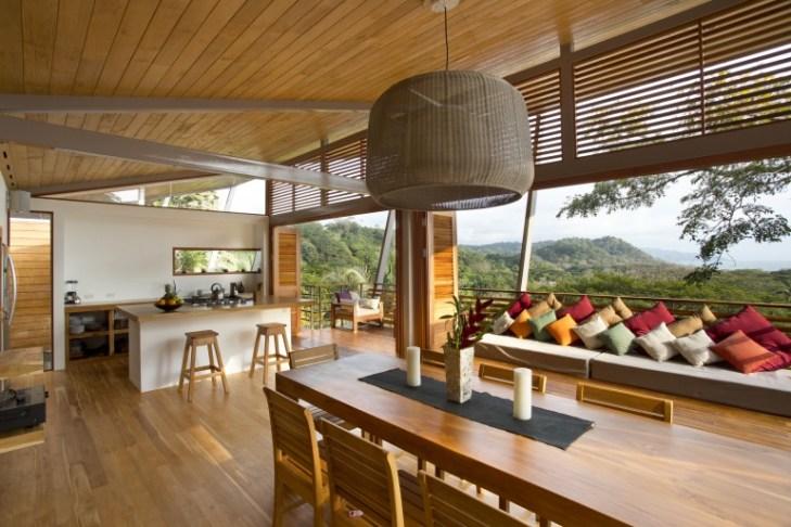 Casa Flotanta makes hillside living like floating on air
