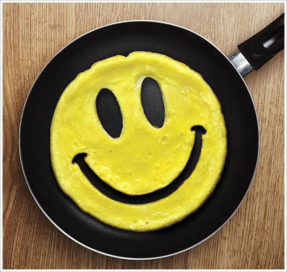 Crack A Smile Egg Mold – wake up to a happy breakfast, y'all