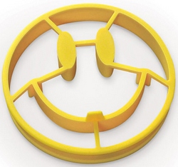 crackasmileeggmold2 Crack A Smile Egg Mold   wake up to a happy breakfast, yall