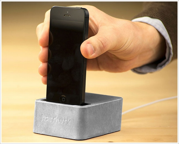 Massive Dock – an iPhone dock made out of pure concrete…the lion and the lamb?