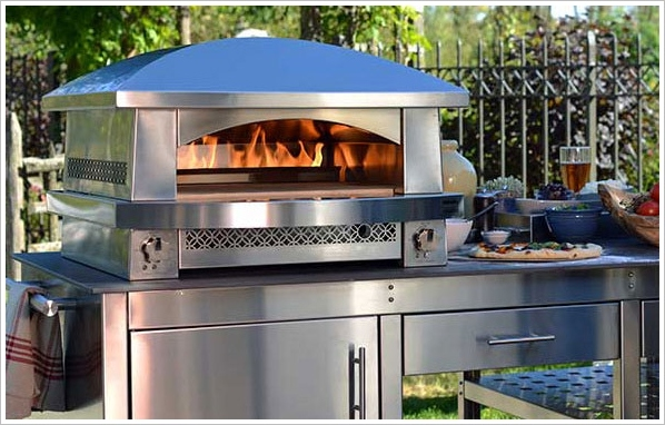 Artisan Fire Pizza Oven – because outdoor BBQs are so last year