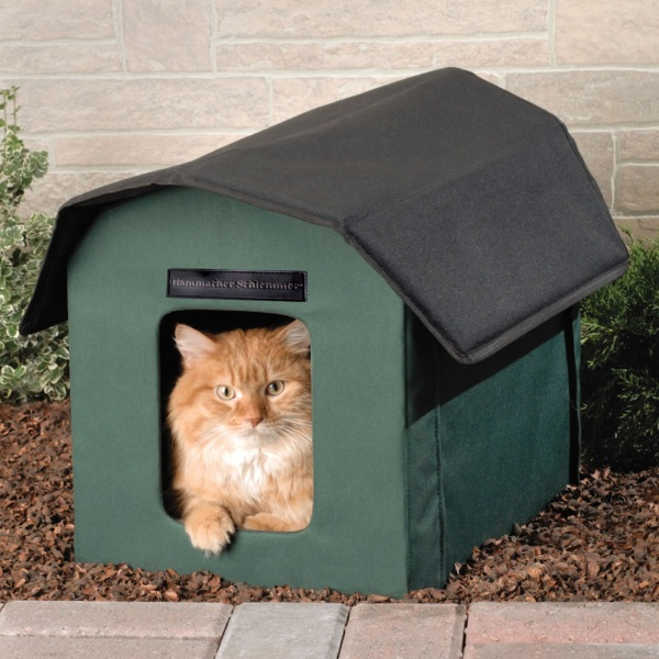 Outdoor Heated Cat Shelter – keep your furry friends warm this winter