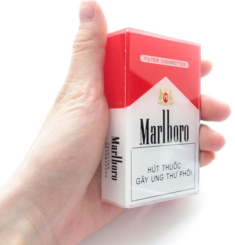 Cigarette Box Phone Jammer – fed up with people jabbering on their cell phones? Now you can do something about it.