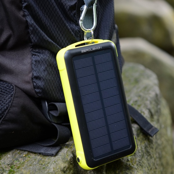ZeroLemon SolarJuice 20000mAh – an emergency charger for outdoor living