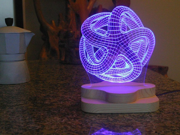 3D-Illusion Lighting Structure – a futuristic lamp for your home