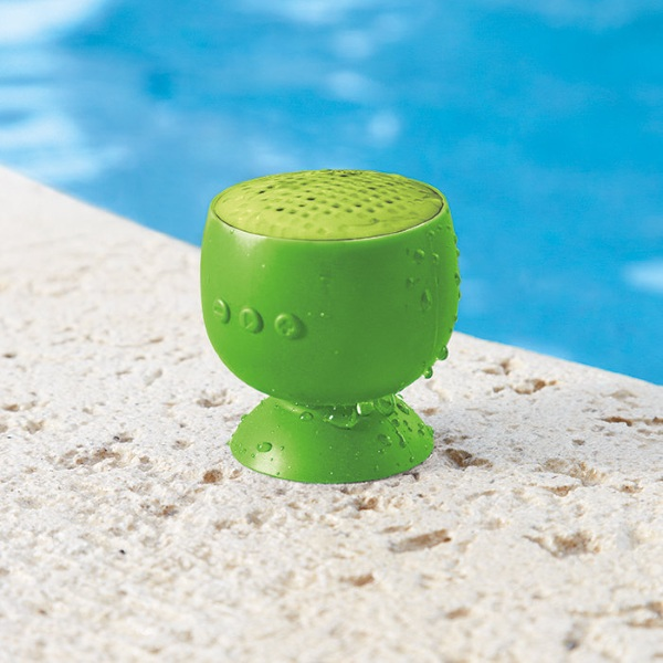 Bop H2O – a wireless speaker that sticks even when wet