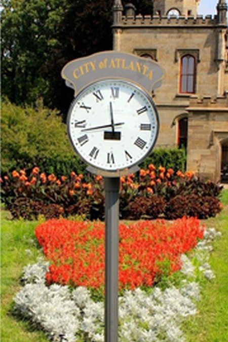 Old time elegance marries solar technology with solar outdoor clocks