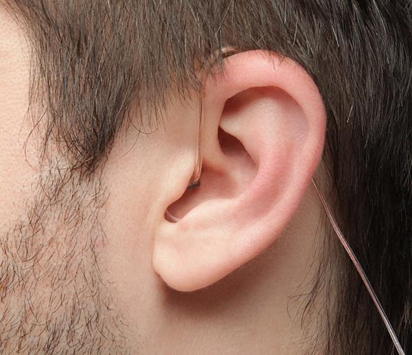 Earhero in use