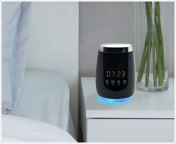 Ultrasonic Aromatherapy Alarm Clock – wake up to your favorite smells … but bacon?