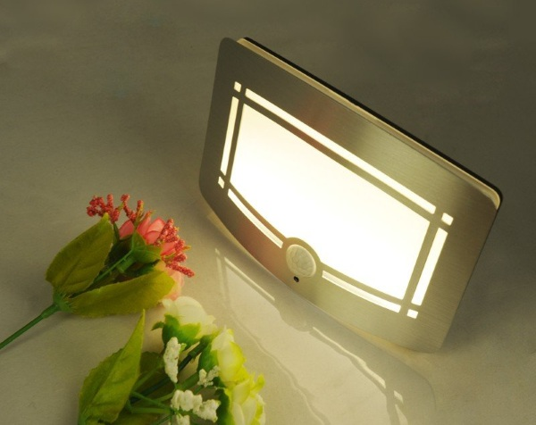 Body Sensors Nightlight Wall Light – a brighter solution to dark hallways and storage