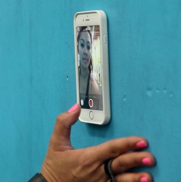 Zero G Anti-Gravity Phone Case – stick your phone to anything