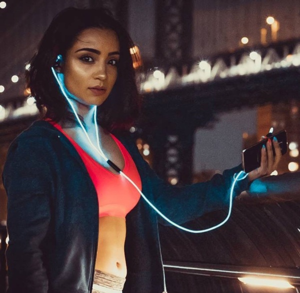 In-Ear Glowing Sports Headphones – light up like it's the sci-fi future of 1999