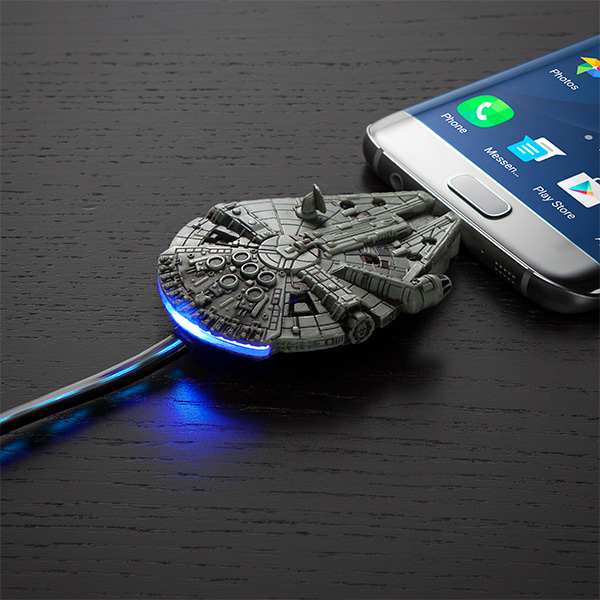 star-wars-millennium-falcon-micro-usb-in-use