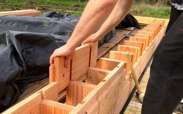 Brikawood – Lincoln logs have got an attractive real world upgrade