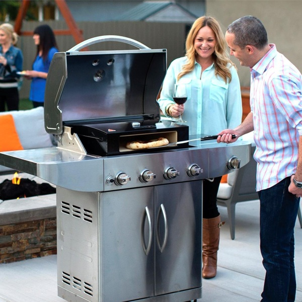 Pizza Oven Box – turn your grill into a pizza oven