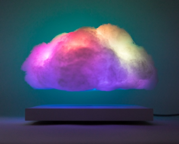 Floating Cloud – this cool lamp changes color with sound