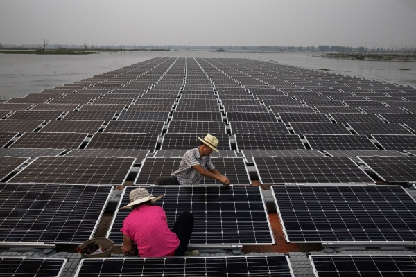 Huge floating solar farm – China reuses abandoned coal mine for new power