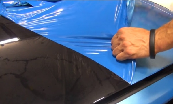 Peelable Auto Paints – get a new car color, peel it off when you're bored