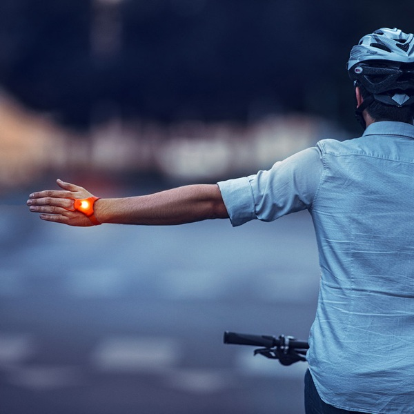 SeniTurn – this handy light can save your life