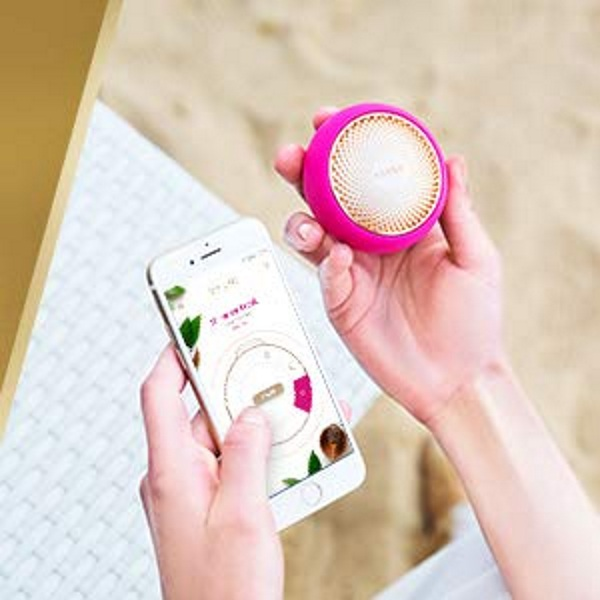 UFO Smart Mask – skin care on the go