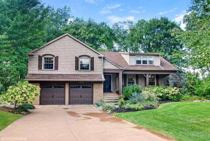 Nice curb appeal of American craftsman style house will help sell the home