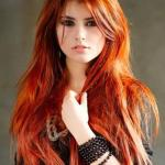 Long hairstyle with colors of red