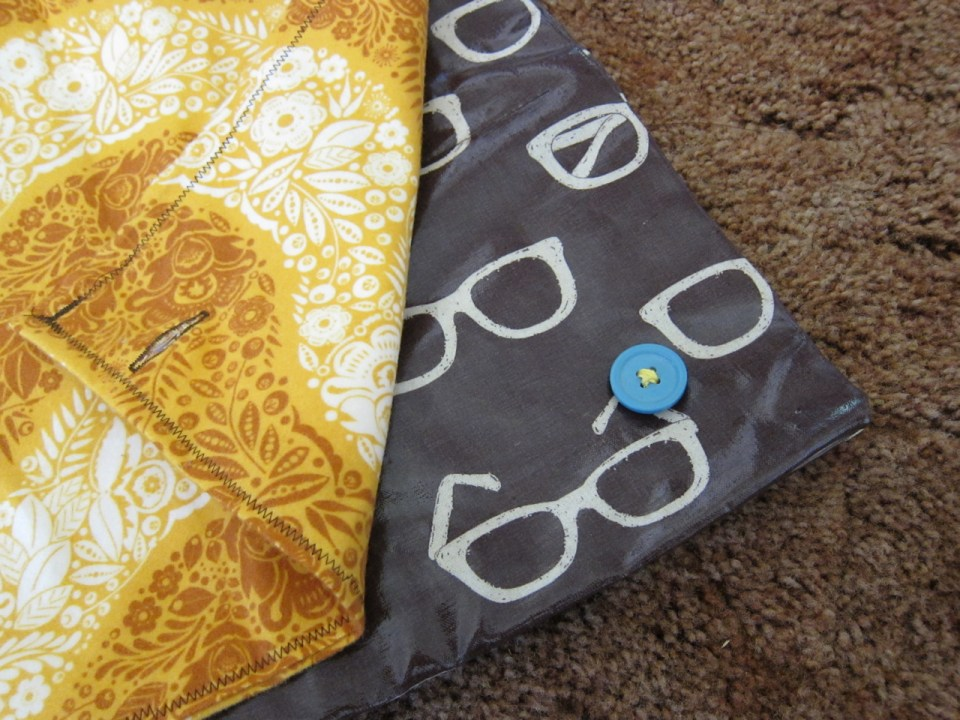 Tutorial: Modern Baby Changing Pad | Red-Handled Scissors