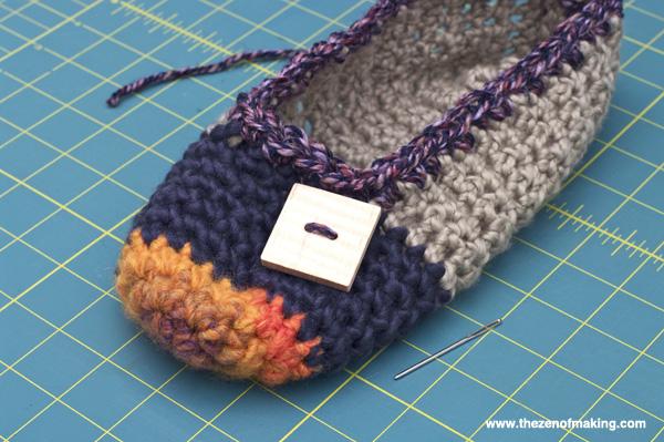 Crochet Pattern: Rainbow Striped Slippers | Red-Handled Scissors