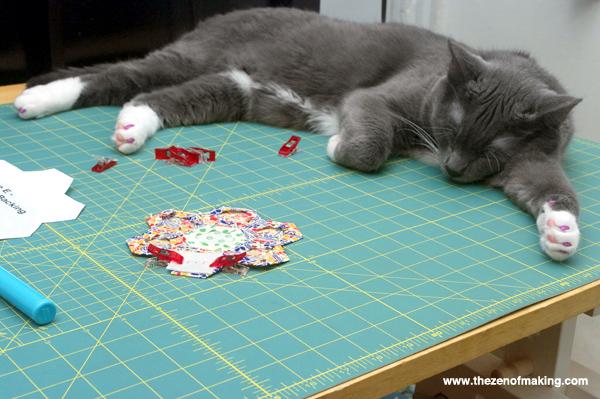 Sunday Snapshot: Hexie Cat is Helping | Red-Handled Scissors
