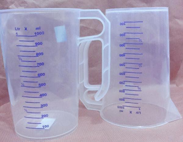 gelas ukur 1 liter