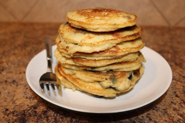Low Carb Blueberry Almond Flour Pancakes