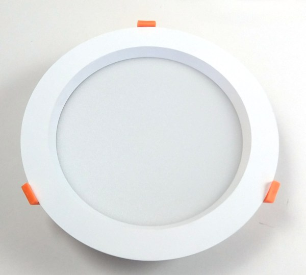 12 W Recessed Round Front