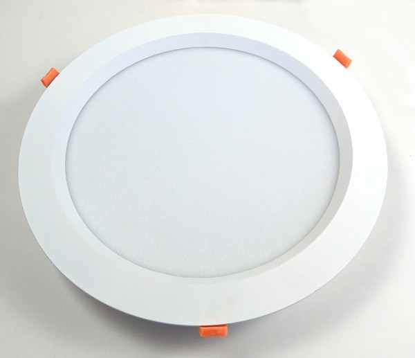 24 W Recessed Round Light Front