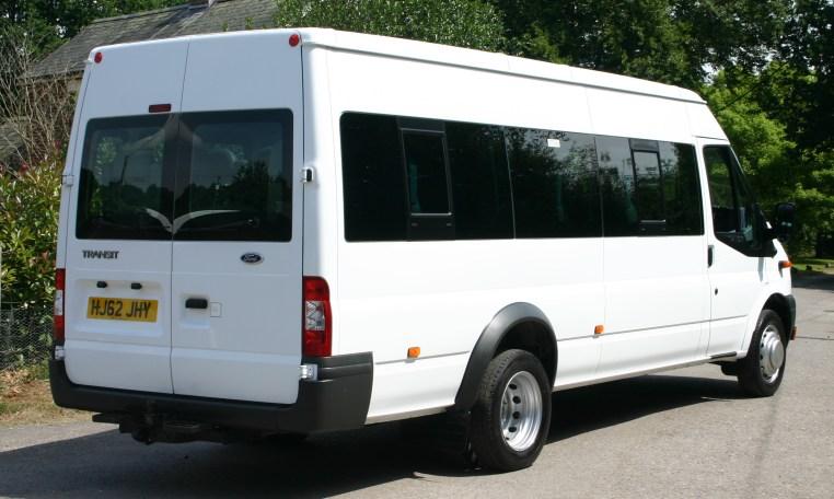 JHY Transit white 17 Seater