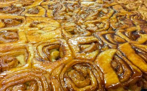 Knaus Berry Farm Bakery sticky cinnamon buns