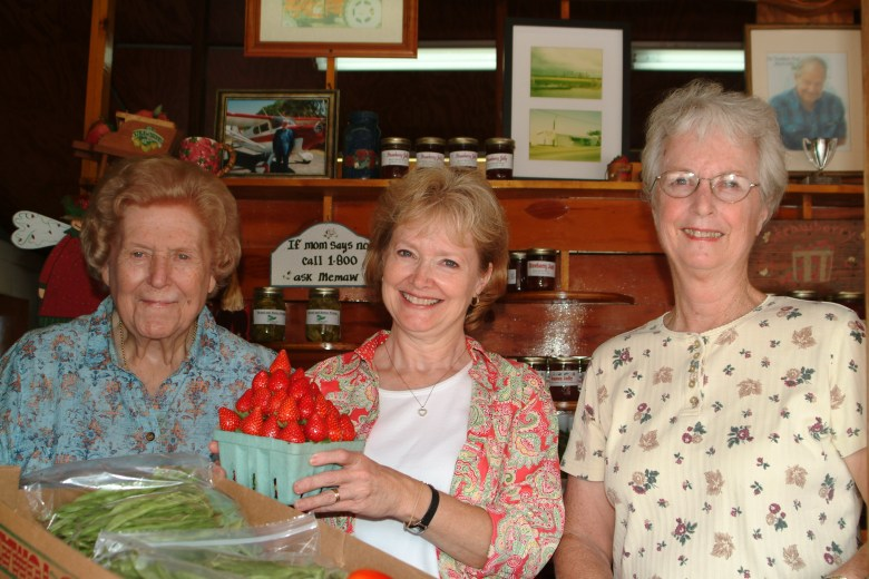 The Burr Ladies of Burrs Berry Farm
