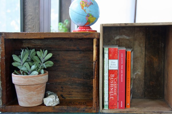5 Ways to Use Wooden Boxes For Storage | redleafstyle.com