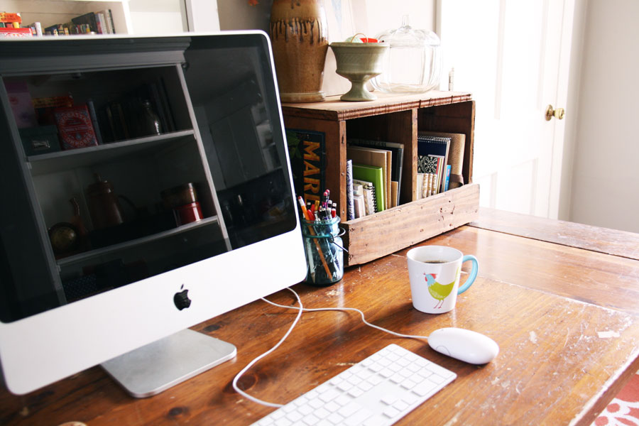 Charming 5 Fun Storage Solutions For Your Desk